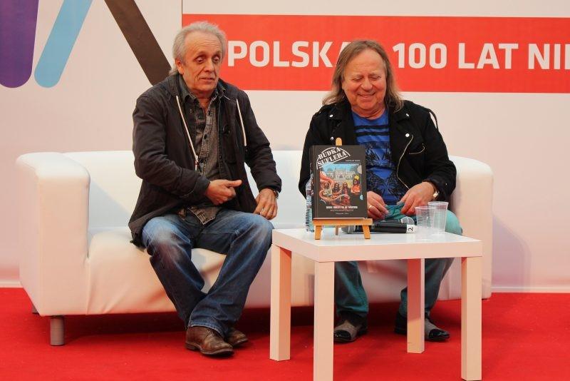 Spotkanie_na_kanapie_literackiej_3_foto_OK